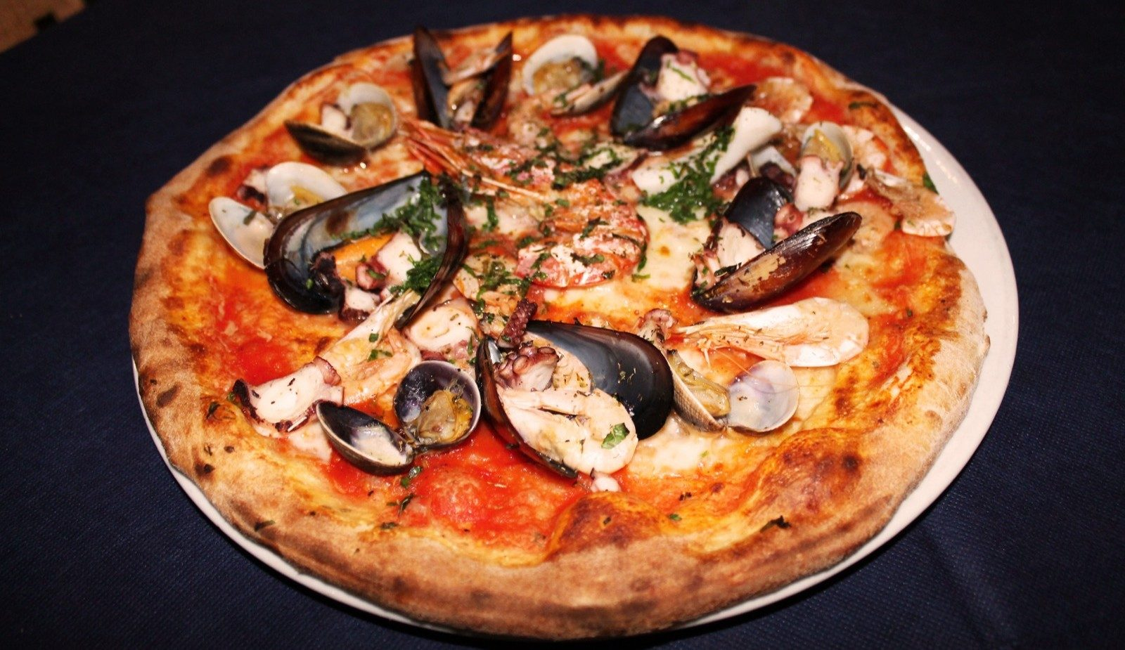 Pizza Pescatora - Pizzeria Maestà Verona